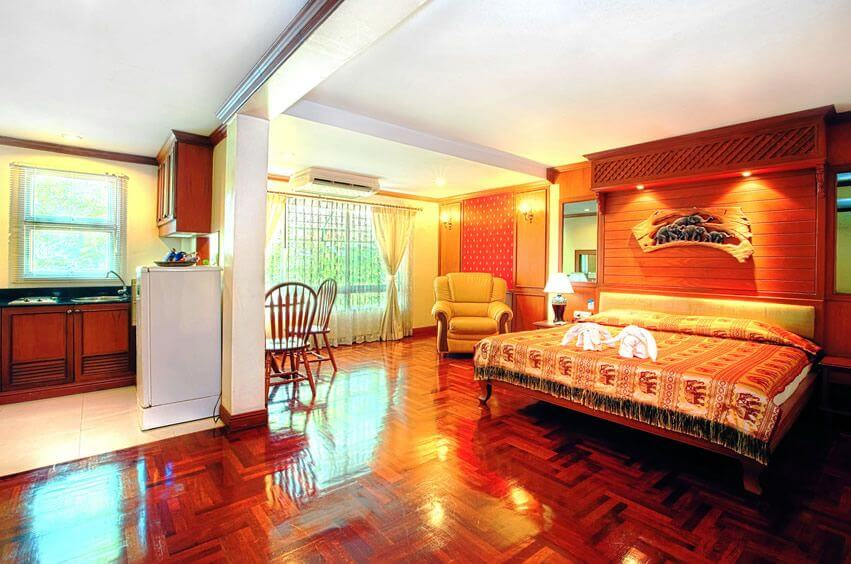 nana hotel bangkok room